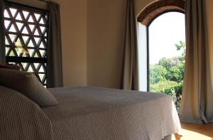 140-bedroom