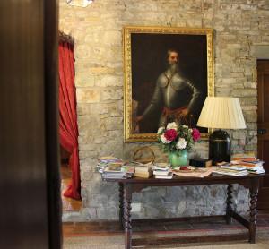 380-interiors-corridor